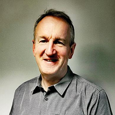 DR Robert Patterson (CMO)
